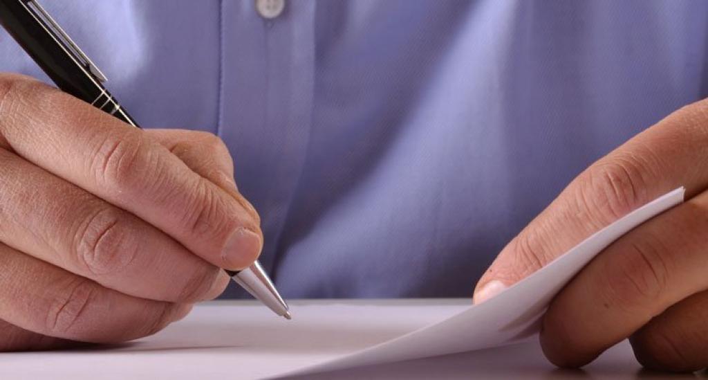 Compromis, pas de faux pas pour la signature