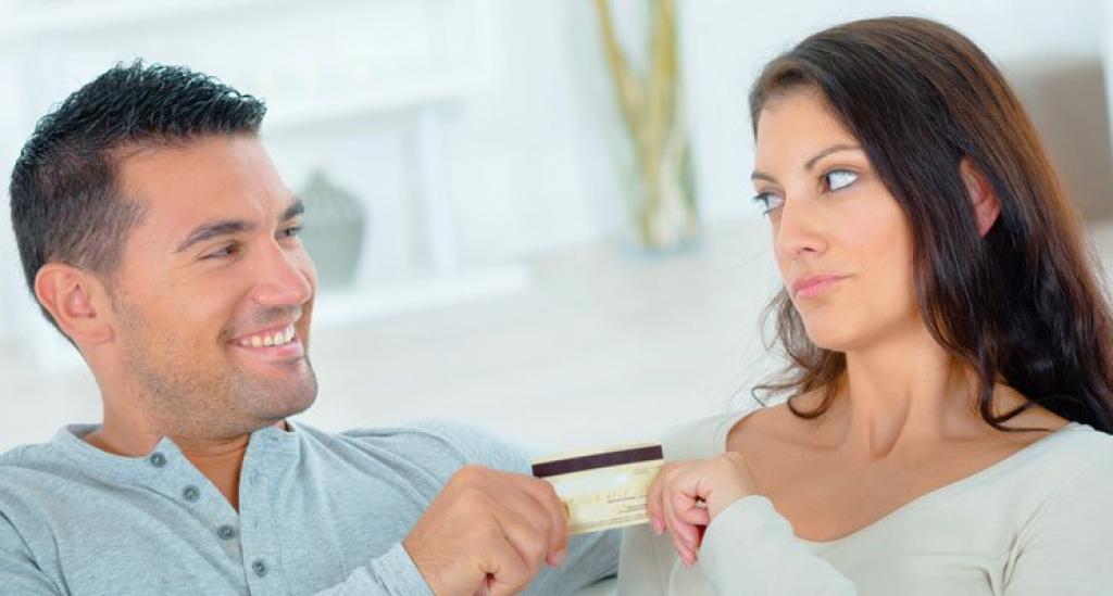 Couple et dettes, qui paie quoi ?